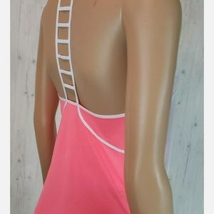 NEW Lululemon Breezy Singlet Size 2 Grapefruit